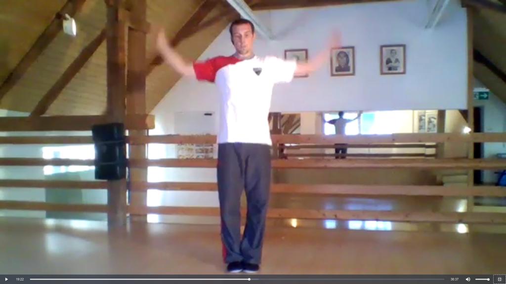 Kids-Lektion Beweglichkeit mit Johannes